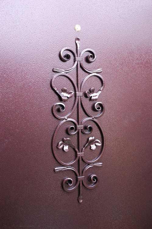 ковка на метал двери входные